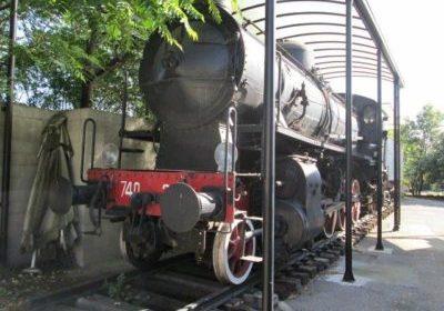 Bergamo: vendesi locomotiva a vapore del 1915