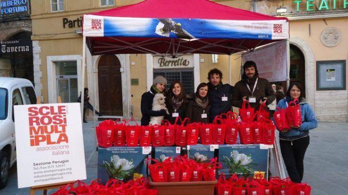 Assoutenti Umbria scende in piazza insieme ad Aism