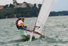 Un momento dei campionati di vela disputati, in questi giorni, a Castiglione del lago
