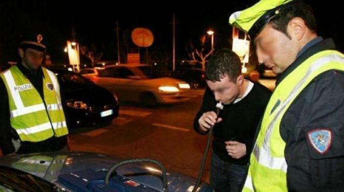Anche donne positive all'alcol e droga nei controlli della polizia stradale di Perugia