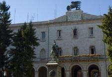 2522910-perugia_palazzo_della_provincia