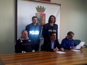 conferenza_terni-7-arresti (1)