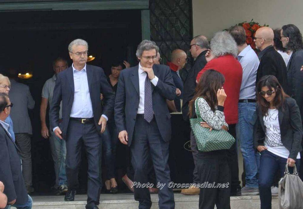 Funerali Sergio Piazzoli - con presenza Patrizia Marcagnani (17)