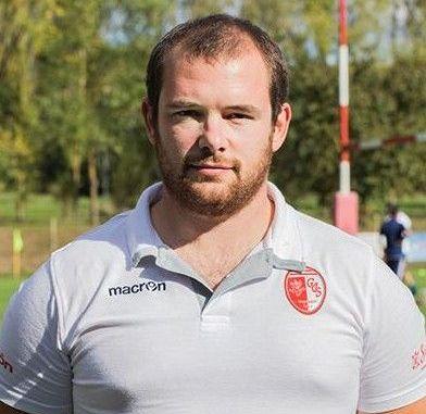 L'attività del Cus Rugby Perugia non si ferma mai. In questi giorni è in via di definizione lo staff tecnico delle sei squadre e del settore del minirugby. Molte sono le novità ed altrettante le conferme. La prima squadra, la Barton Cus Perugia che milita in serie A, avrà come allenatore Alessandro Speziali