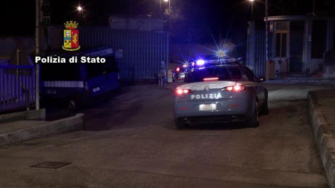 Gestiva casa di prostituzione a Perugia, un arresto, annunci in internet