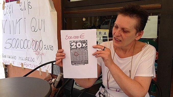 Pensionata vince 500 mila euro a Città della Pieve, segreto sull'identità. I cinquecentomila euro sono stati vinti questa mattina