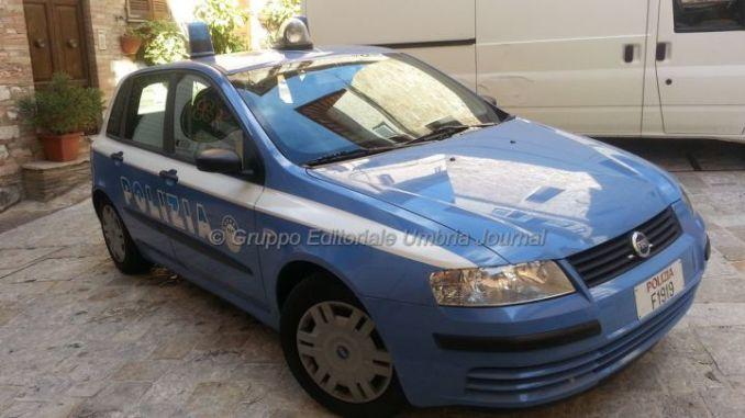 Polizia Assisi salva anziana in difficoltà, era in preda al panico