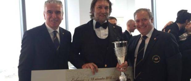 La premiazione con il presidente Ais Umbria Sandro Camilli e il presidente Ais Antonello Maietta