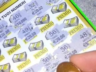 """Vinti due milioni di euro a Todi con il gratta e vinci, """"Il miliardario mega"""""""