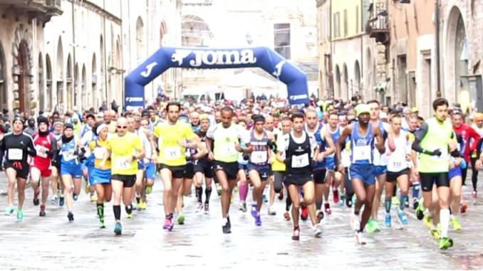 Successo per la terza edizione della Perugia-Assisi, la mezza maratona organizzata dall'Atletica Pro Loco Capanne e dall'Avis Perugia
