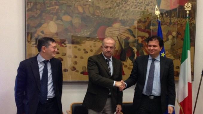 Trasporto pubblico ferroviario, firmato accordo tra Regione e Busitalia