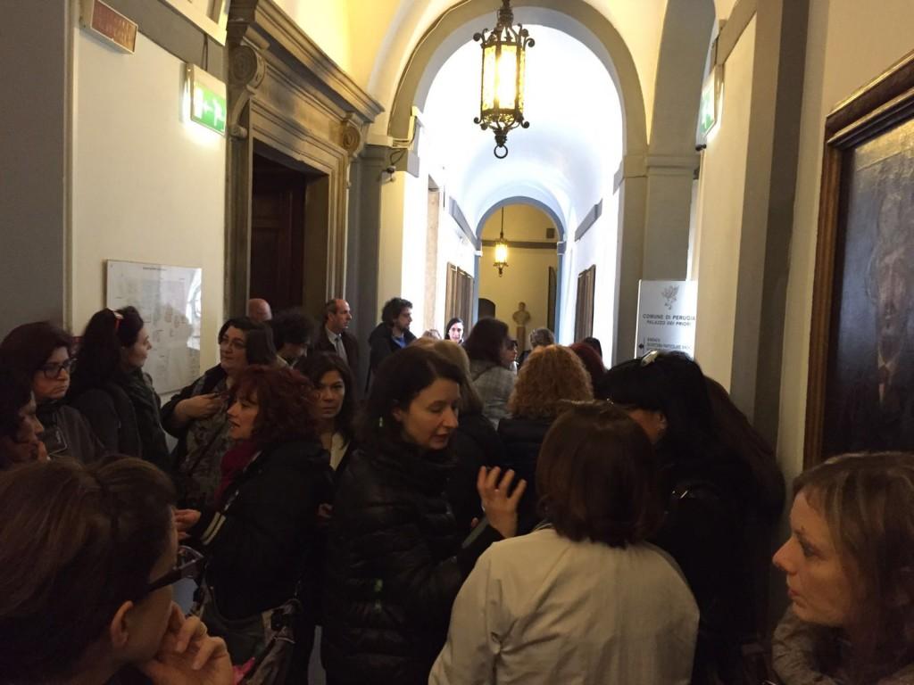 protesta-educatrici-palazzo-priori