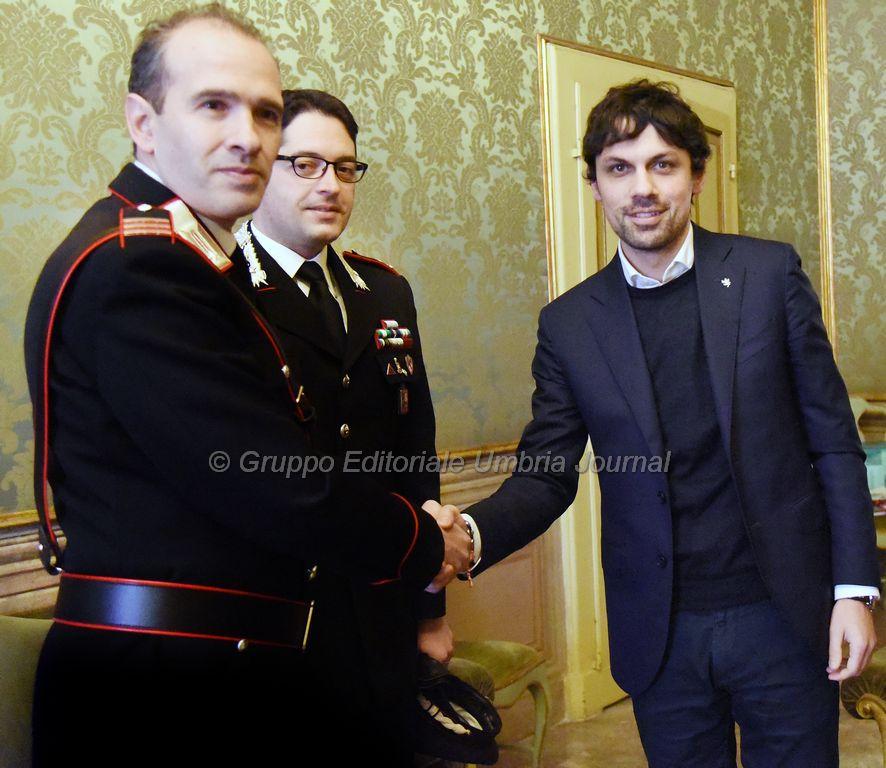 romizi-incontra-nuovo-comandante-carabinieri-ponte-san-giovanni (1)