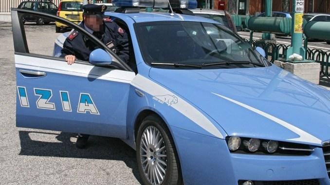 Perseguita la ex e per dispetto le ruba il cane, succede a Perugia