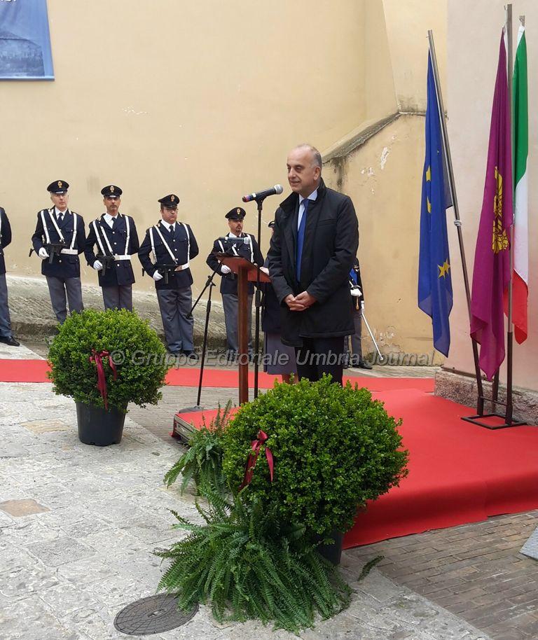 intitolazione-Emanuele Petri-commissariato assisi (13)