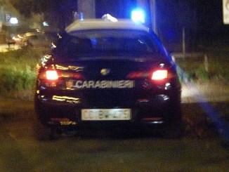 Nigeriano sequestra tutti e aggredisce carabinieri, arrestato