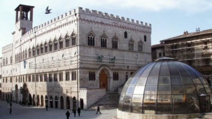 Fontana Maggiore, decidere, prima che sia troppo tardi
