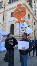 protesta-lega-contro-Boschi_Renzi (1)