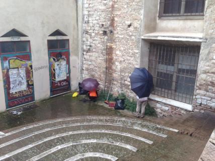 ripulitura nel rione santa susanna 2 (3)