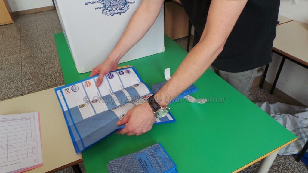 Elezioni Europee e comunali, seggi aperti fino alle 23, ecco come si vota