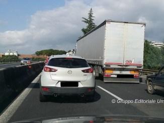 Giornata di incidenti stradali sulla E45, traffico e code in direzione Perugia
