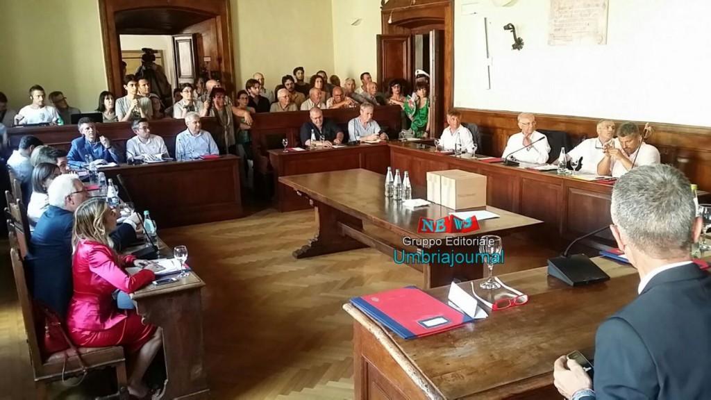 consiglio-comunale-assisi (3)