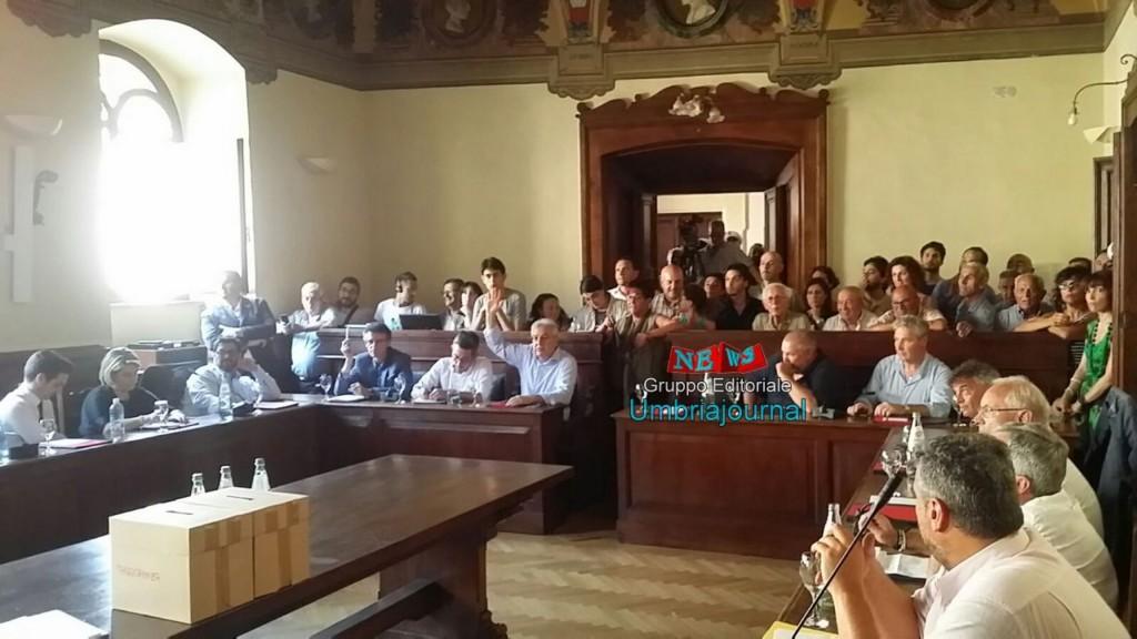 consiglio-comunale-assisi (6)