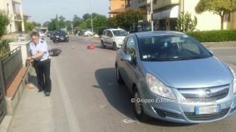incidente-auto-ciclomotore-via-santa-lucia (2)