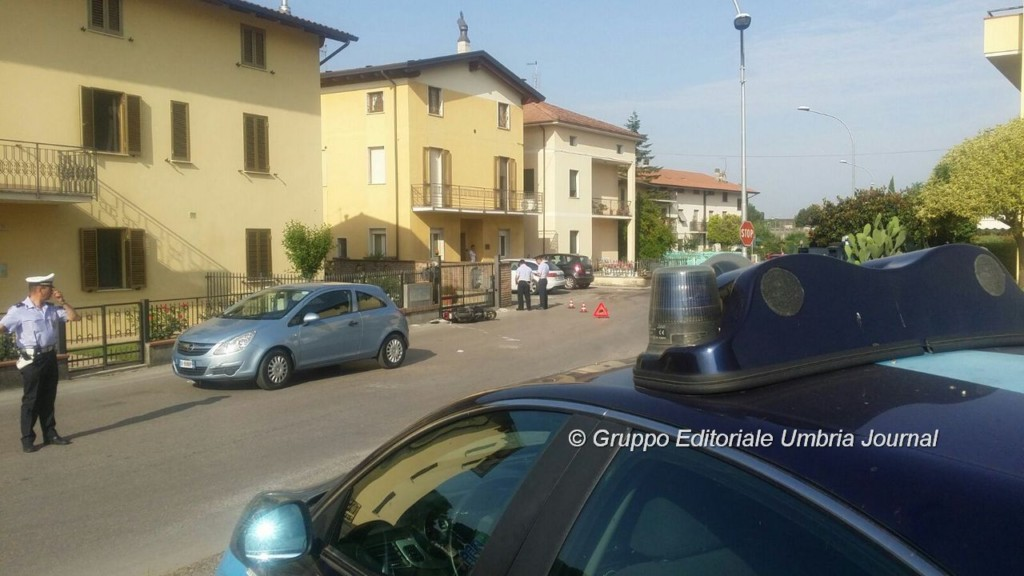 incidente-auto-ciclomotore-via-santa-lucia (4)