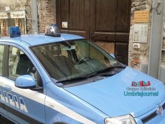 Giovane trovato morto a Perugia, polizia sul posto