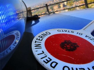Relazione clandestina, comunica false generalità a Polizia di Perugia, denunciata