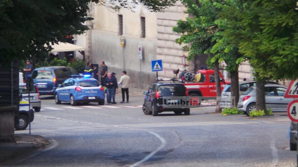 terrmoto-norcia-gente-in-strada (1)