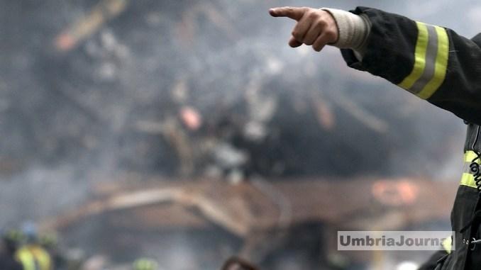 Arrestato l'uomo che incendiò il bosco lungo la provinciale 142 a Umbertide
