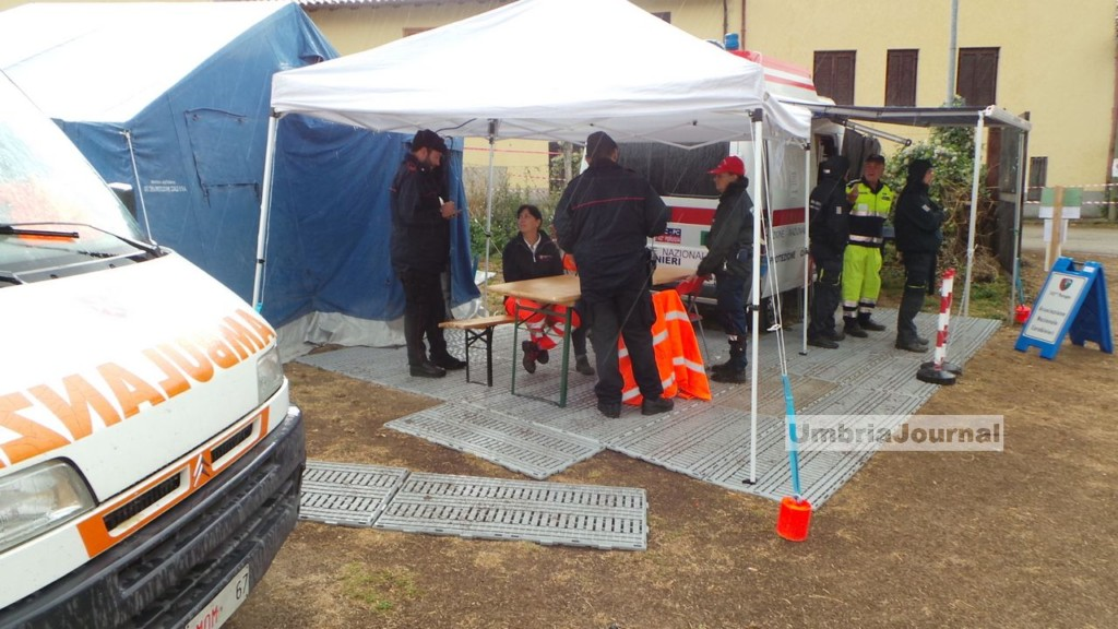 visita-renzi-norci-terremotati-san-pellegrino (2)