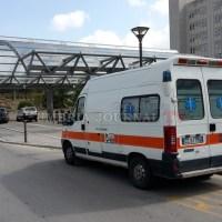 Ciclista di 31 anni preso a sassate, è grave in ospedale, è successo a Perugia