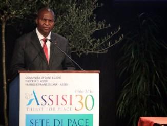 Presidente Centrafrica Touadéra incontro ad Assisi, grazie a voi non siamo soli