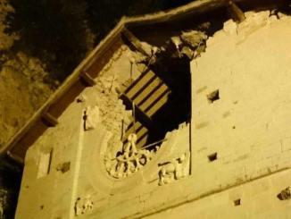 Terremoto, Preci è completamente isolata, il comune è inagibile