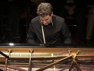 Alessio Bax agli Amici della musica di Perugia concerto al Teatro Morlacchi