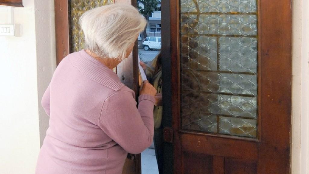 Boom di venditori porta a porta, guida utile per evitare fregature