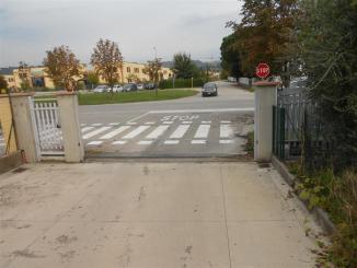 Ponte San Giovanni, via Benucci, uno stop troppo largo