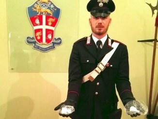 Militari Arma arrestano albanese nascondeva droga nel bosco a Perugia