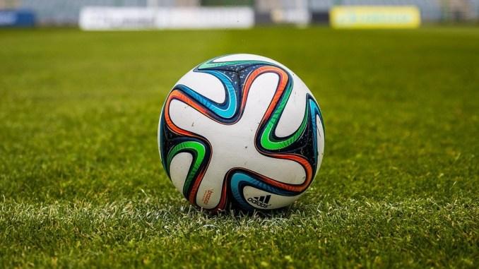Serie B, vittorie esterne di Palermo, Benevento e Spezia