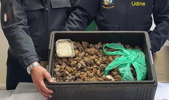 Sequestrati 20 chili di tartufi provenienti dalla Romania e diretti in Umbria
