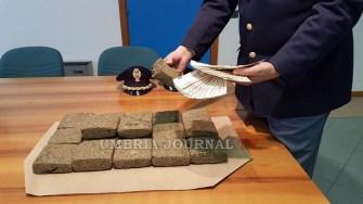 DROGA-POLIZIA-PERUGIA (1)