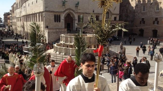 La celebrazione della Domenica delle Palme Perugia, la comunità diocesana entra nella Settimana Santa