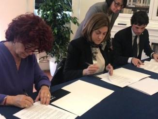 Statizzazione accademia Belle Arti di Perugia, la firma del protocollo con ministro Fedeli
