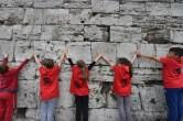 Abbracciamo le mura, grande festa questa mattina nel centro storico di Perugia
