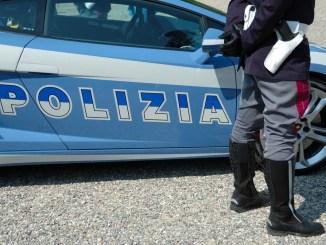 Perugia, rubano abbigliamento, ma tradite dall'allarme antitaccheggio