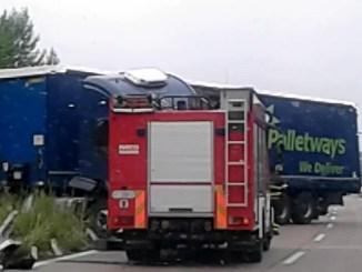 Incidente su E45 a Terni, autoarticolato finisce fuori strada, un ferito e chilometri di code