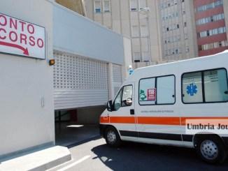 Anziana ferita ad un piede da attrezzo agricolo, ora è in ospedale a Perugia